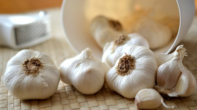 Put a Clove of Garlic Under Your Pillow - What Happens Next Will Amaze You